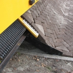 A Dutch Machine that Lays Brick like an Unrolled Carpet